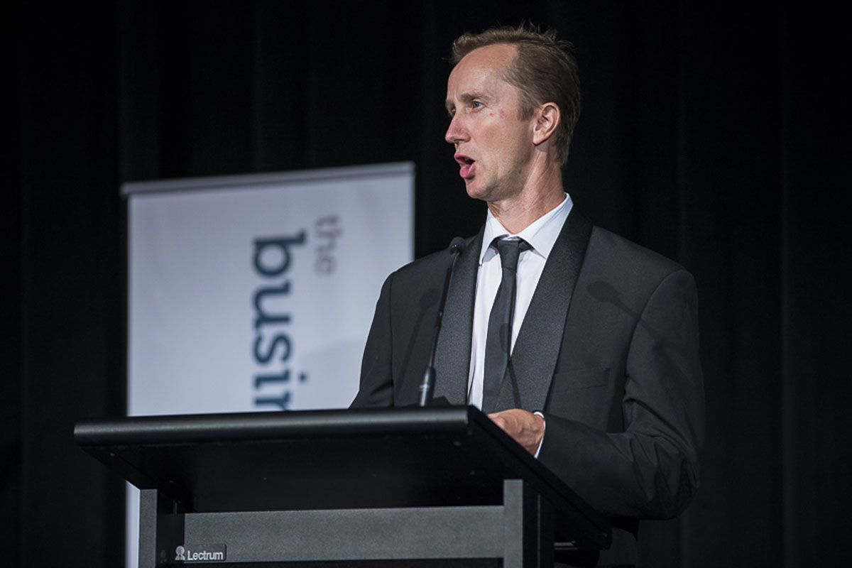 Best Retailer - Judge - Ian Furze, Bartercard Australia, represented by Damian Hoyle, Bartercard Australia 1